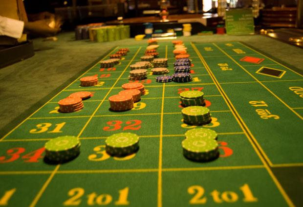 Friday night poker sydney